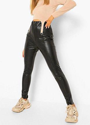 Высокие силуэтные брюки-леггинсы из эко-кожи р.16