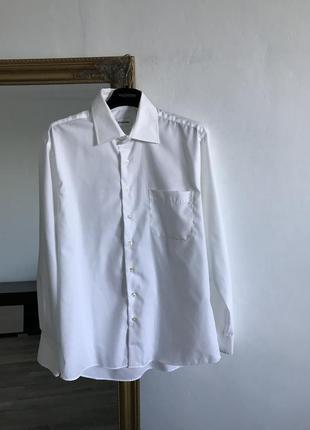 Белая хлопковая рубашка классическая оверсайз с карманом
