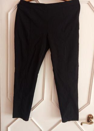Черные эластичные брюки 18 р