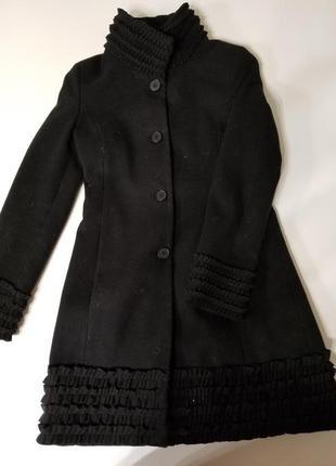 Шикарное пальто rinascimento,италия