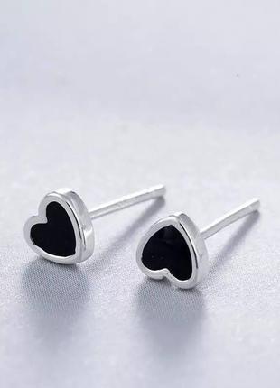 Маленькие серьги черные сердечки серебро 925 / большая распродажа!
