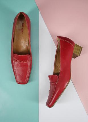 Брендовые красные кожаные туфли go soft. размер 39.