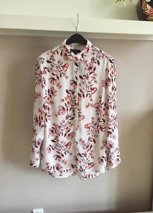 Нежная цветочная блуза