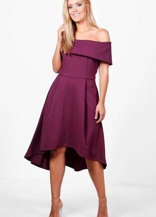 Boohoo платье фиолетовое винное бургунди вишневое с открытыми плечами большое батальное батал