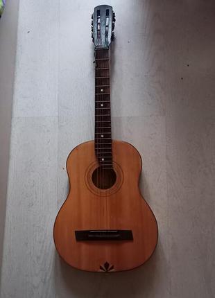 Акустическая гитара со времён ссср