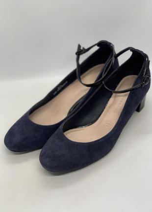 Стильные туфли низкий каблук 37-38р