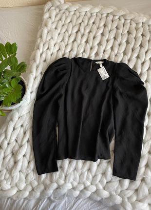 Свободная оверсайз блуза рубашка с объёмными большими рукавами