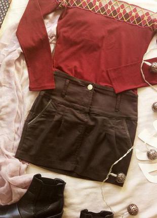 Стильная юбка с завышеной талией итальянского бренда silvian heach