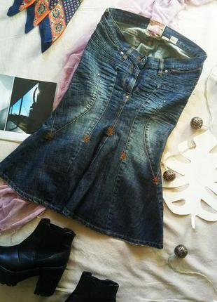 Очень стильная джисовая юбка необычного кроя parasuco made in canada