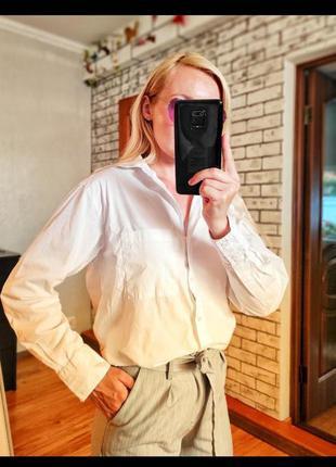 Белая базовая рубашка zara