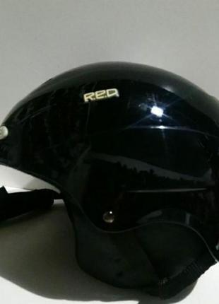 Фирменный качественный горнолыжный шлем из германии r.e.d
