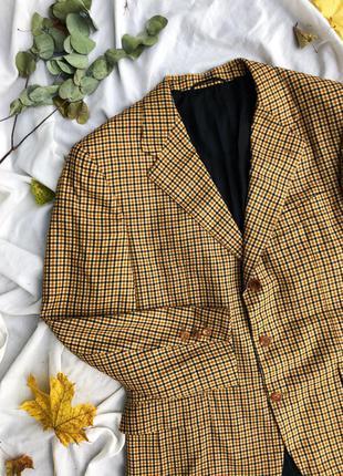 Крутий твідовий піджак в клітинку німецької  фірми koelble & brunotte шерсть