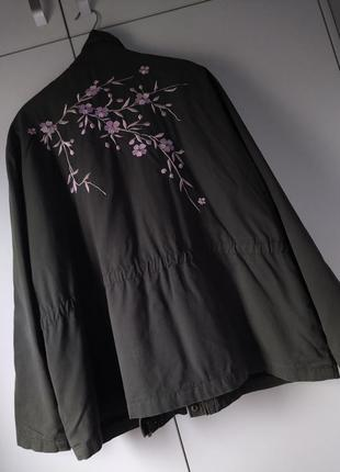 Вільна куртка зі стяжкою великого розміру