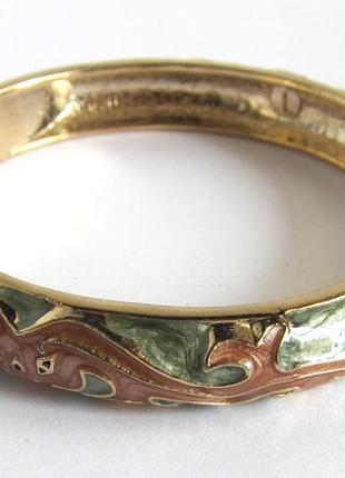 Браслет из бижутерного сплава с коричневой и зеленой эмалью