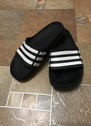 Шлёпки adidas