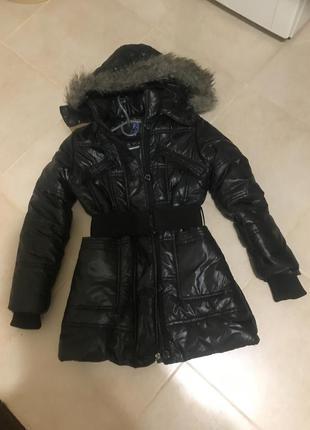 Зимняя фирменная куртка пуховик пальто плащ на меху зима