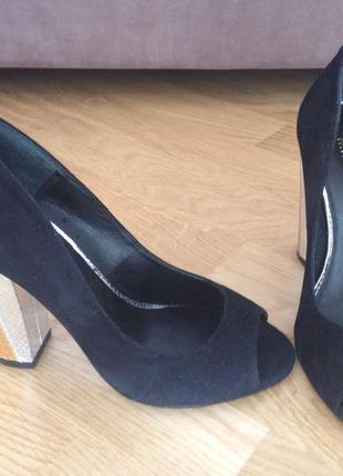 Туфлі замшеві nine west