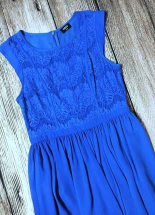Платье с дорогим кружевом