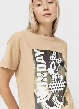 Трендова футболка stradivarius mickey disney🤎