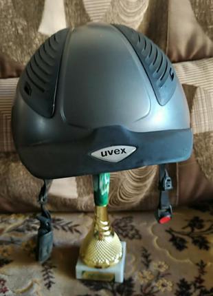 Шлем каска для верхової їзди конного спорту uvex