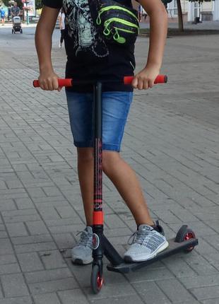 Трюковый самокат для подростка free rider