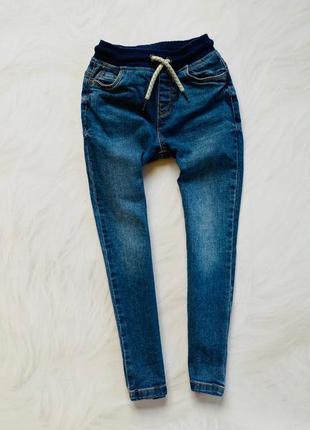 Tu стильные джинсы  на мальчика  4-5 лет