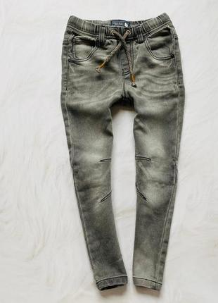 Cherokee  стильные трикотажные джинсы  на мальчика 4 года