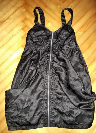 Oригинальное атласное платье от ichi! p.-l