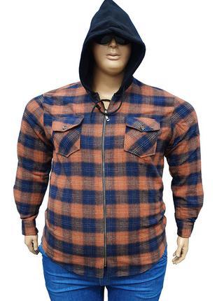 Байковая рубашка с капюшоном.