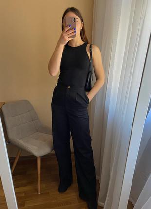 Чернве брюки палаццо asos