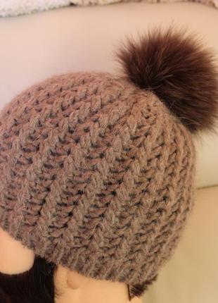 Італійська шапка c&a