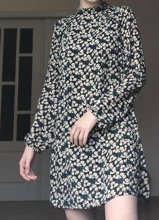 Шифоновое платье трапеция в цветы