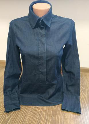 Красивая блуза из тонкого денима от drykorn for beautiful people