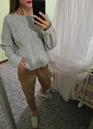Мягенький объёмный шерстяной свитер оверсайз h&m