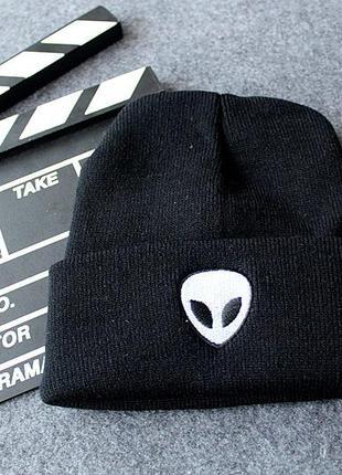 Модная черная шапка бини с инопланетянином 2007