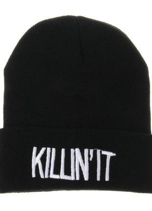 Черная шапка бини с надписью 2011