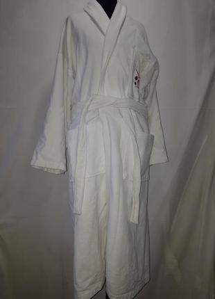 Белоснежный махровый халат