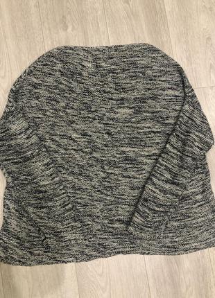 Вязаный оверсайз свитер
