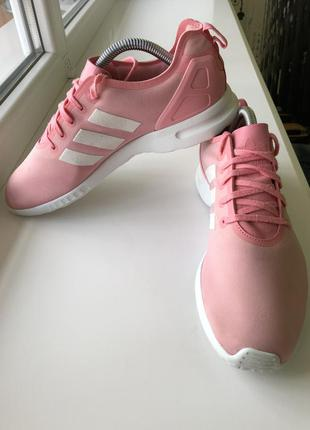 Жіночі кросівки adidas (оригінал)!