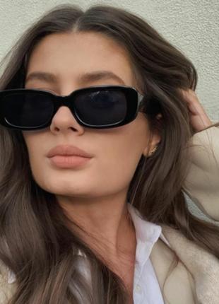 Модные солнцезащитные очки черные узкие ретро очки новые но с дефектом 7003