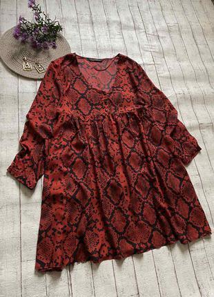 Платье свободного фасона с карманами в змеиный принт от zara