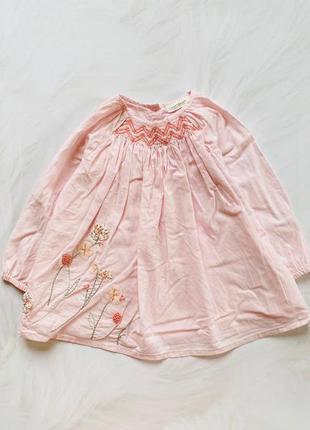 Next  стильное  платье на девочку 9-12 мес