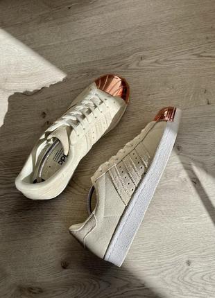 Adidas superstar стильные кежуал кроссовки
