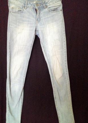 Классные узкие джинсы