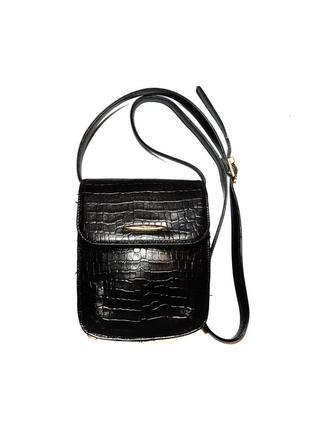 Шкіряна сумочка tula  в ідеальному стані  ремішок реголюється  380 грн