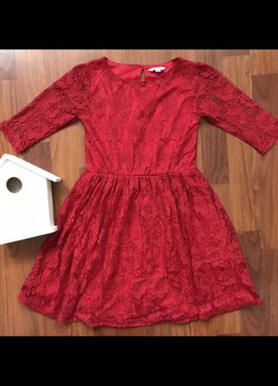 Платье на 8 лет гипюр