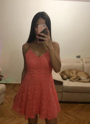 Невероятно нежное кружевное платье oodji