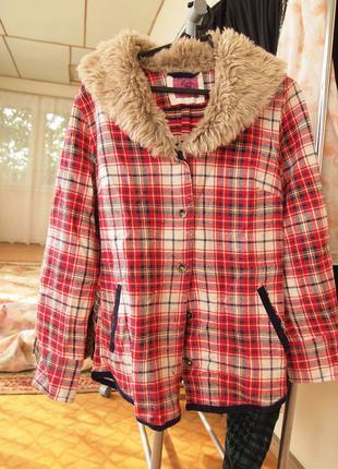 Легкая курточка с меховым воротником от loft