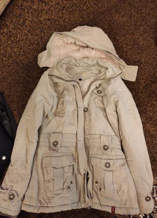 Куртка с капюшоном курточка с мехом