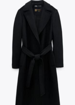 Шикарное пальто из итальянской шерсти  zara
